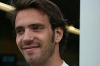 Vergne wins Rockingham thriller