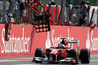 Alonso brings victory home for Ferrari at Monza