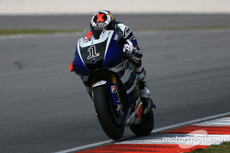 Yamaha Sepang test, day 1 report