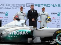 Daimler and Aabar complete Mercedes GP takeover