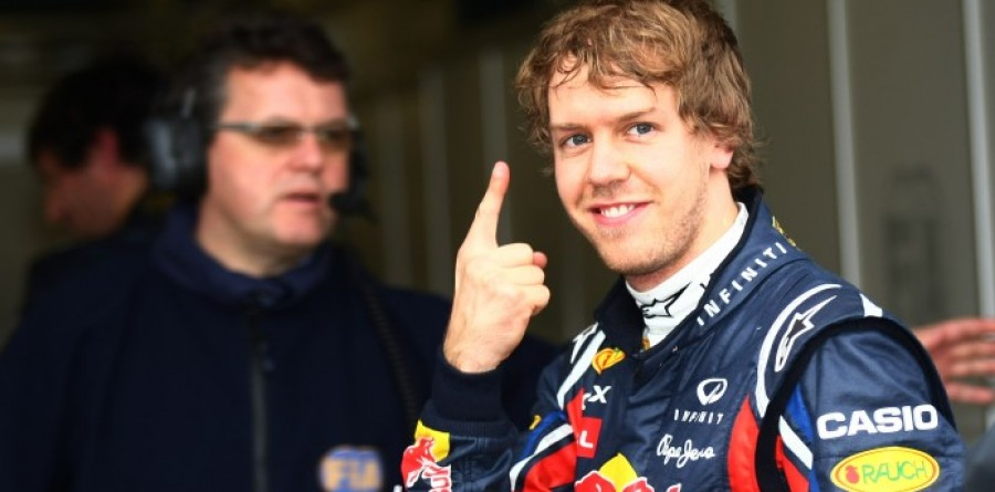 Vettel takes emphatic pole in Australia