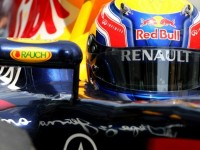 Webber snarls in China amid Vettel dominance