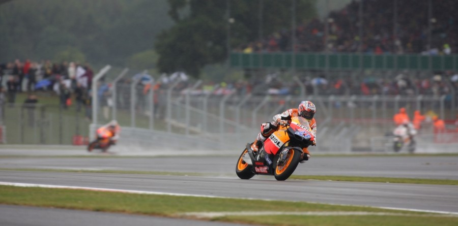 Stoner Earns The British GP Win In The Rain