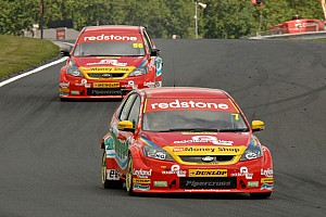 BTCC Airwaves Racing Looks For Win At Croft