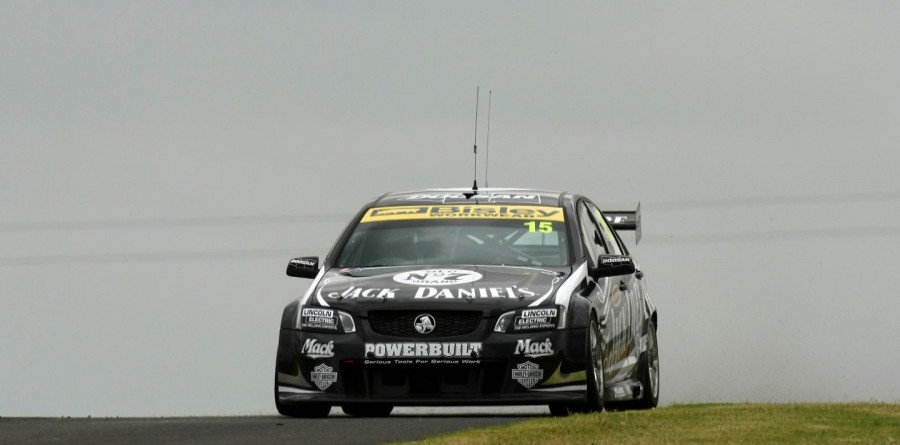 V8 Supercars Darwin Race 1 Report