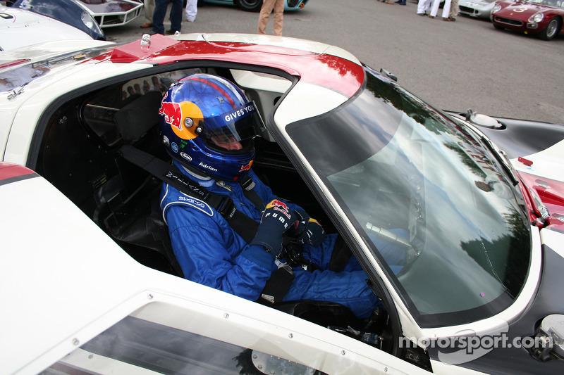 Red Bull's Adrian Newey Wins Prestigious MIA Award