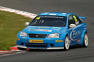 BTCC Team ES Racing Ready For Snetterton At Norfolk Event