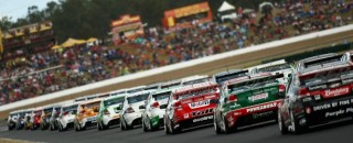Supercars Series resumes for Ispwich 300