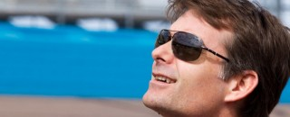 Jeff Gordon looks to win at Bristol