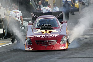 NHRA Troxel is a contender heading to Dallas