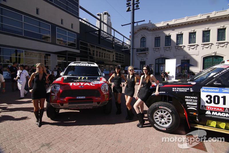 Team X-raid fields eight vehicles in 2012 Dakar Rally