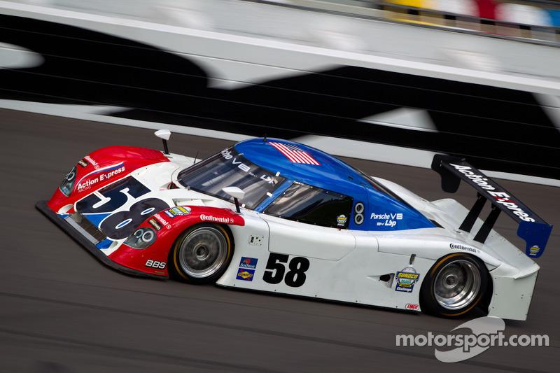 BF3 champion Felipe Nasr sets fastest times at Daytona test
