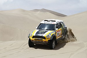 Dakar Roma places his MINI fastest to take the 10th stage victory