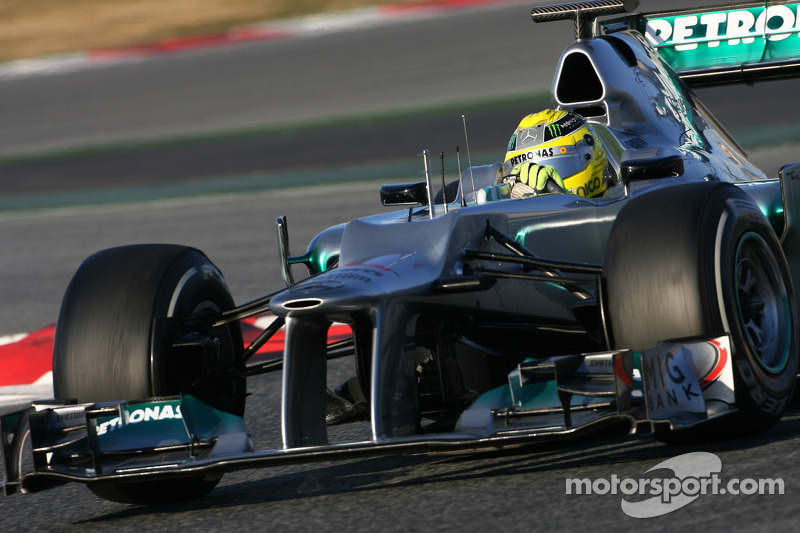 Rosberg 'closer to car's limit' in qualifying - Brawn