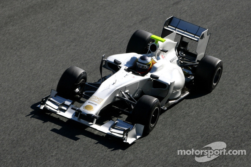 HRT hoping to debut 2012 car on Sunday