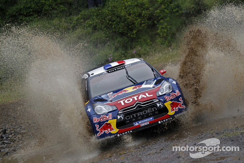 Loeb holds off Ford chargers to keep Acropolis Rally lead
