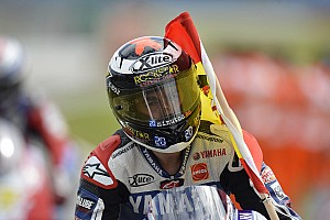Relentless Lorenzo rules British Grand Prix at Silverstone