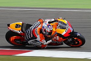 MotoGP Qualifying report Last minute dash sees Stoner take pole at Assen