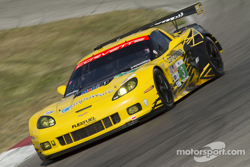 Magnussen and Garcia take GT points lead with runner-up finish at Mosport
