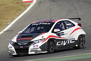 WTCC Preview Monteiro spends two intense days of testing at the wheel of the Honda Civic 5P