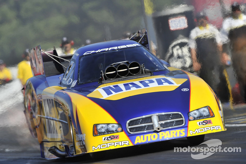 Capps takes number one Funny Car seed to Charlotte