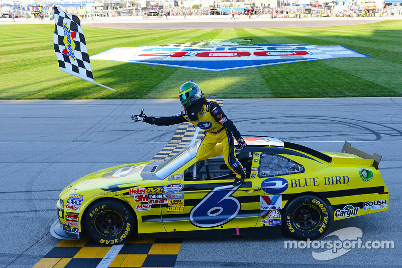 Stenhouse, Roush Racing Ford Chicagoland post-race interview