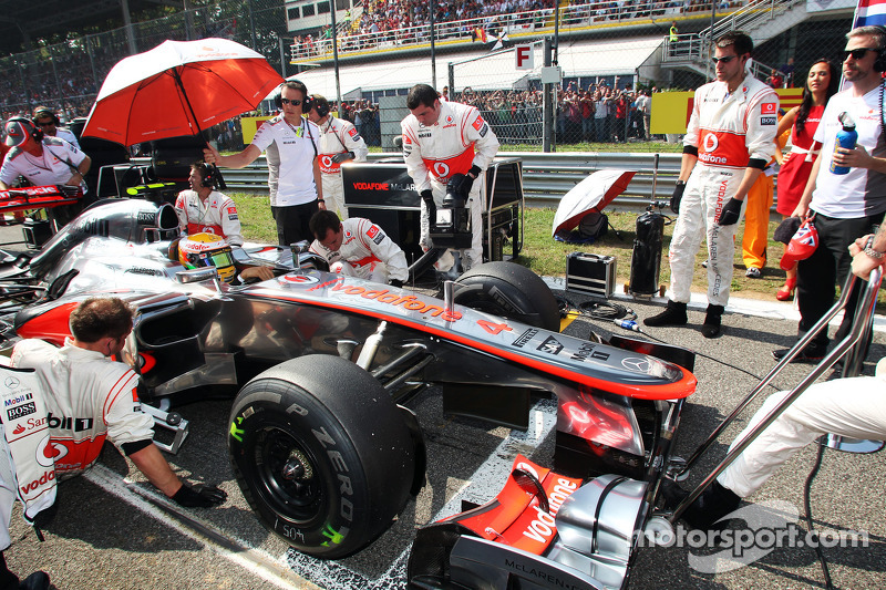 McLaren designing 2013 car for Hamilton