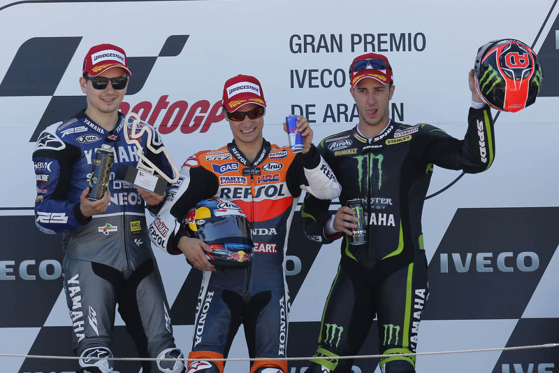 Dovizioso pips Crutchlow to podium after exciting Aragon duel