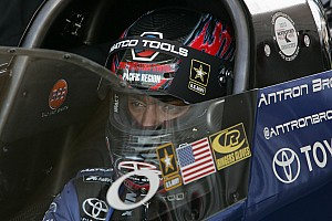 Antron Brown looks to extend Top Fuel points lead at Reading