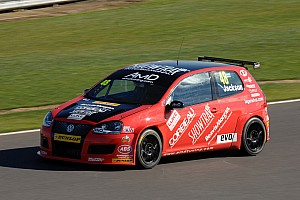 BTCC Race report AmDTuning.com impress in season finale at Brands Hatch