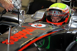 Formula 1 Testing report Paffett and Turvey take turns for McLaren at Abu Dhabi 2nd day of Young Driver testing