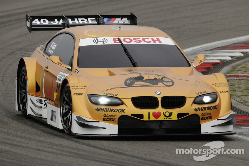 Zanardi completes historic drive in golden BMW M3 DTM