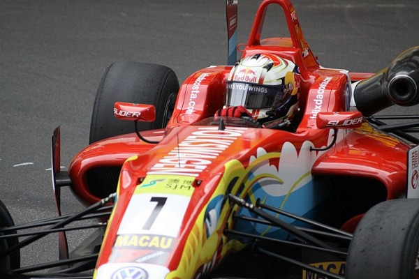 Felix da Costa wins Macau qualification race