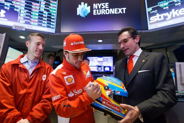 Alonso rings the bell at NYSE for Hurricane Sandy relief