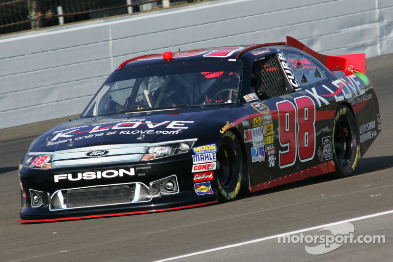 McDowell returns to Phil Parsons Racing for a full season