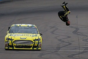 NASCAR Sprint Cup Race report Edwards snaps winless streak with Phoenix win