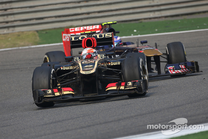 Lotus has active suspension working best - Mercedes