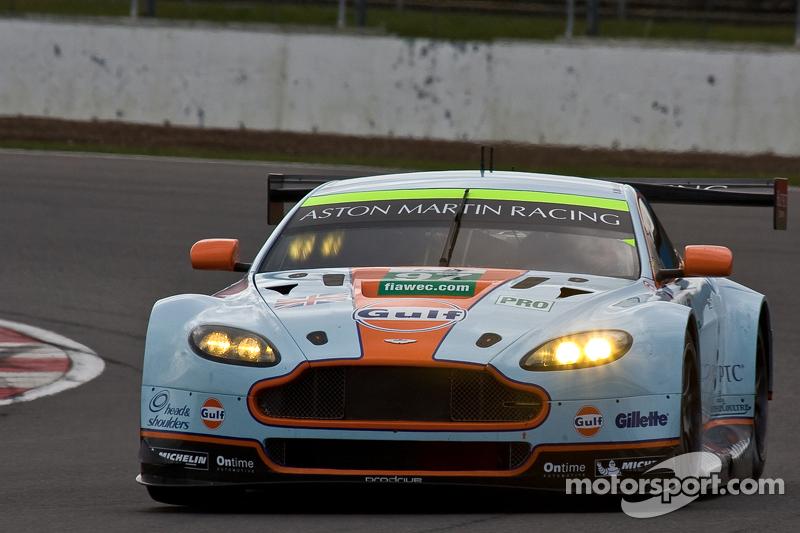 Aston Martin beats Ferrari to poles in thrilling LMGTE session