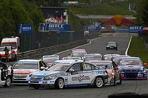 WTCC Race report Independents podium for MacDowall at penalty-strewn Salzburg