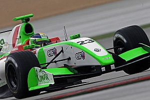Formula 3.5 Race report Red flags in qualifying hamper Zeta Corse's in Moscow