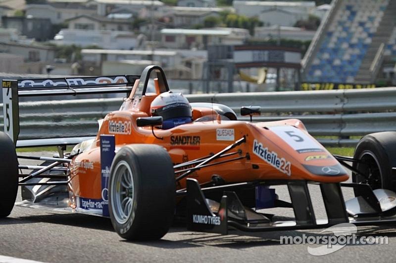 Rosenqvist retains grip on Zandvoort F3 Masters pole