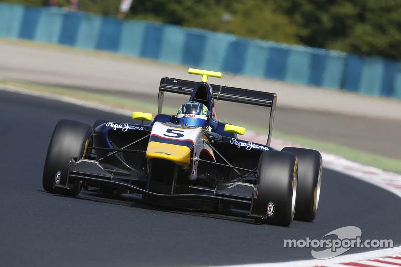 Visoiu blazes to victory in Budapest Race 2