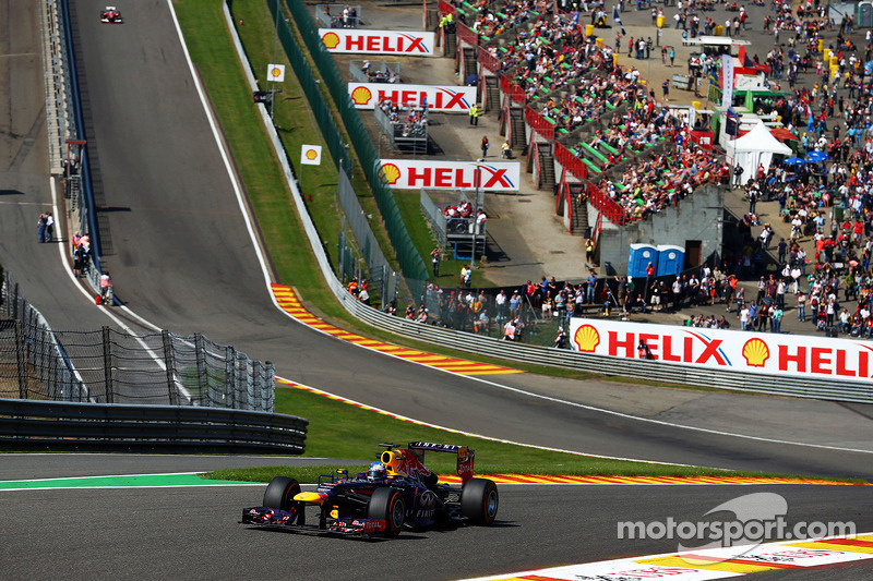 Red Bull's Vettel makes the best time on Friday practice at Spa