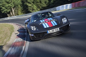 GT Breaking news New lap record for Porsche 918 Spyder at Nurburgring