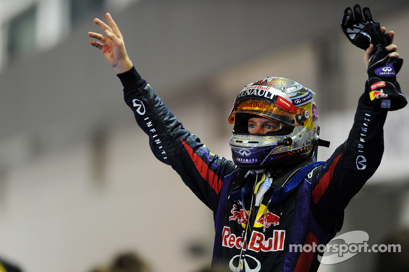 Cool Vettel 'can live' with booing