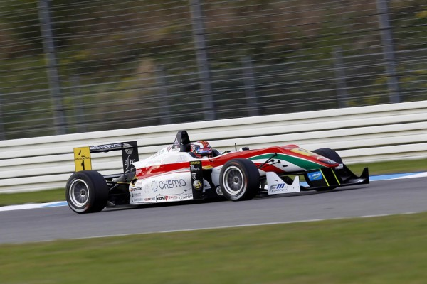 European champion Marciello claims final winner's trophy in 2013