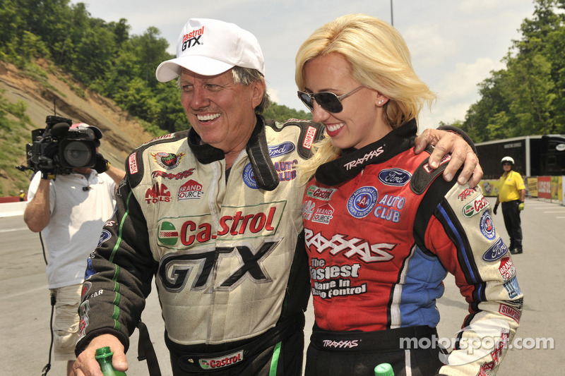 John Force ready to keep momentum going in Vegas