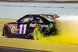NASCAR Sprint Cup Race report Hamlin romps in finale at Homestead-Miami