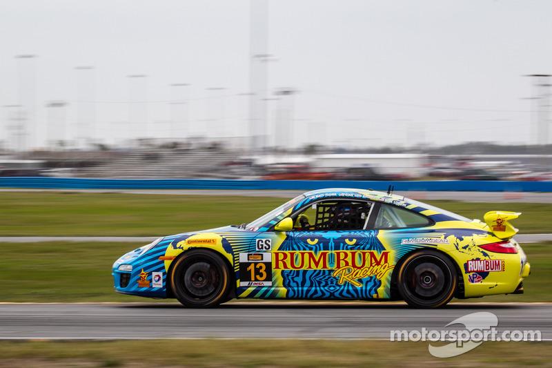 Leading late, Rum Bum Racing suffers late stumble at Daytona