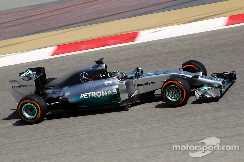 Rosberg taked the wheel of the Mercedes F1 W05 for the second day at Bahrain